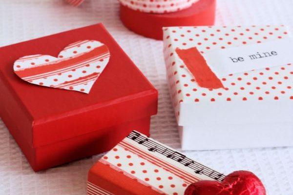 choosing valentines gifts